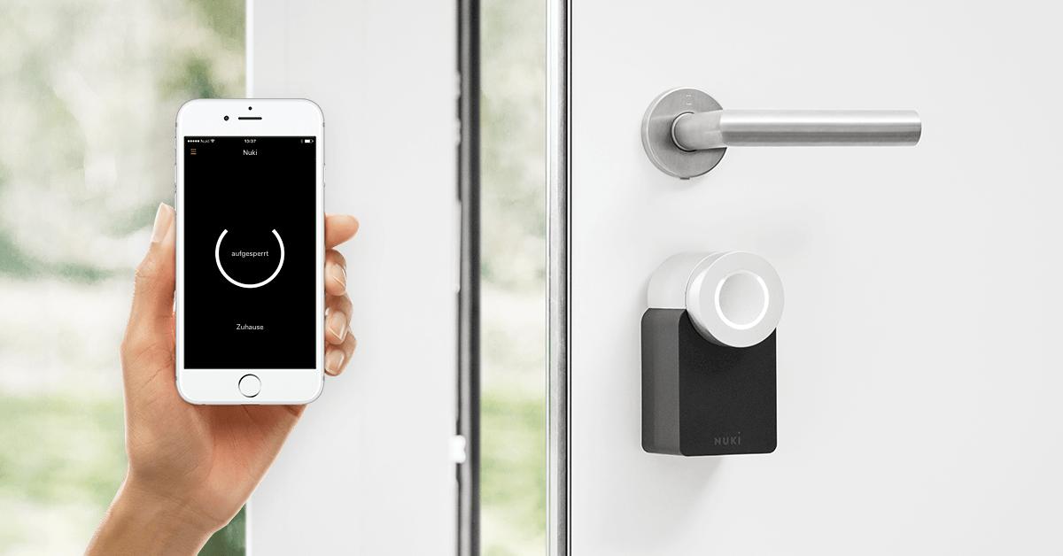 Cerraduras digitales: Controla la puerta de tu casa con tu móvil